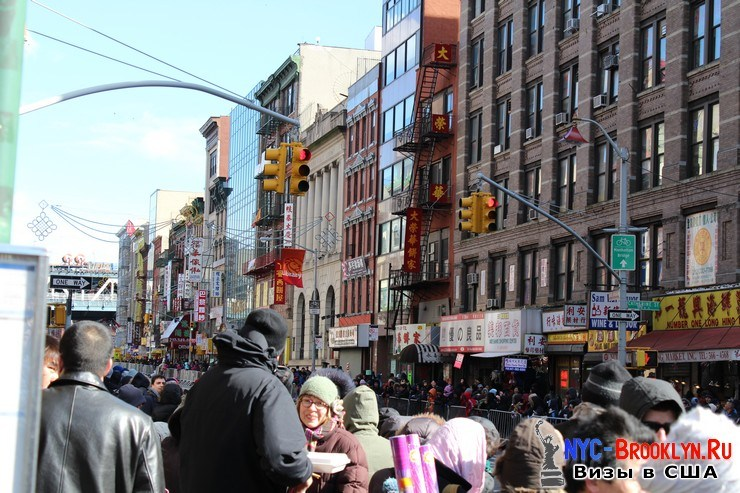 16. Парад в Нью-Йорке восточного Нового Года 2013 в Чайна Тауне - NYC-Brooklyn