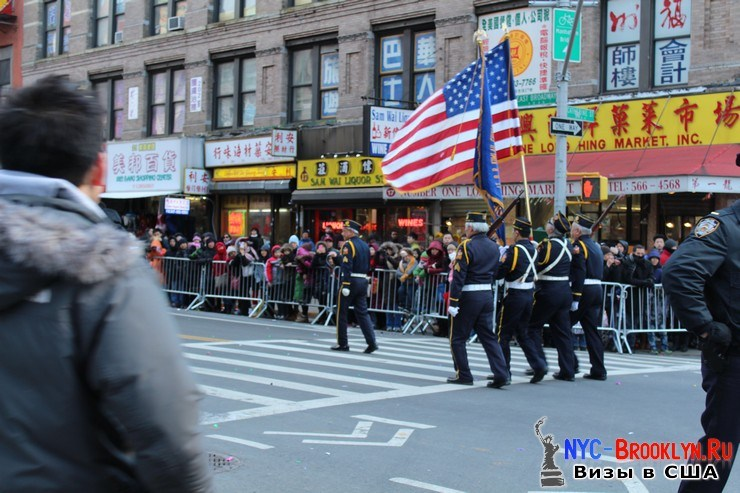 25. Парад в Нью-Йорке восточного Нового Года 2013 в Чайна Тауне - NYC-Brooklyn