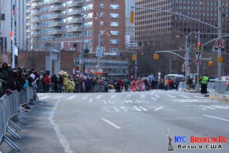 26. Парад в Нью-Йорке восточного Нового Года 2013 в Чайна Тауне - NYC-Brooklyn