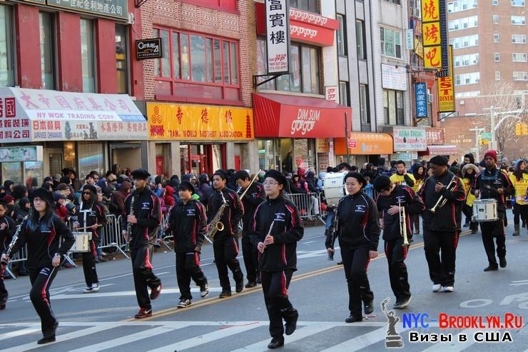 37. Парад в Нью-Йорке восточного Нового Года 2013 в Чайна Тауне - NYC-Brooklyn