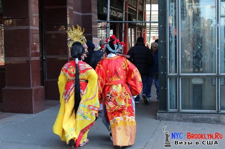 88. Парад в Нью-Йорке восточного Нового Года 2013 в Чайна Тауне - NYC-Brooklyn