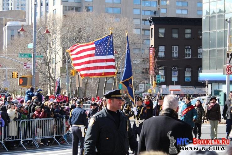 22. Парад в Нью-Йорке восточного Нового Года 2013 в Чайна Тауне - NYC-Brooklyn