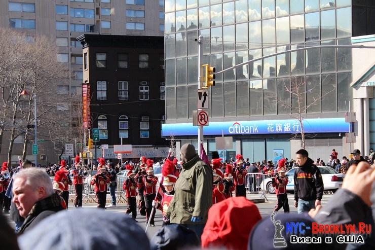 24. Парад в Нью-Йорке восточного Нового Года 2013 в Чайна Тауне - NYC-Brooklyn