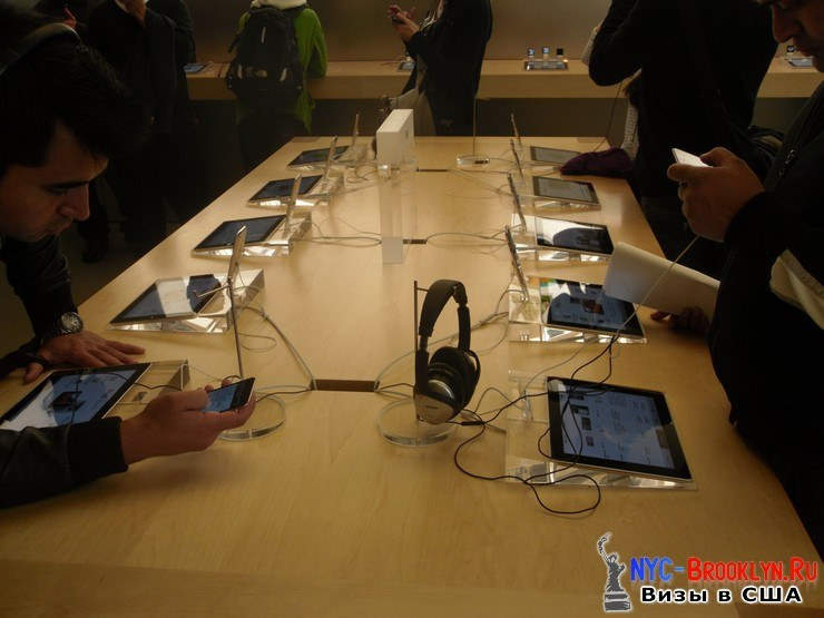 26. Магазин Apple Store в Нью-Йорке, на 5th Avenue - NYC-Brooklyn