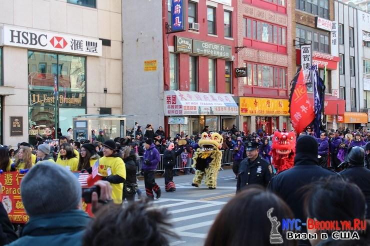 27. Парад в Нью-Йорке восточного Нового Года 2013 в Чайна Тауне - NYC-Brooklyn