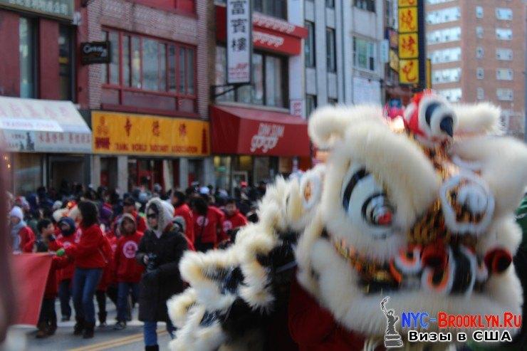 47. Парад в Нью-Йорке восточного Нового Года 2013 в Чайна Тауне - NYC-Brooklyn