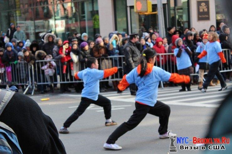 58. Парад в Нью-Йорке восточного Нового Года 2013 в Чайна Тауне - NYC-Brooklyn