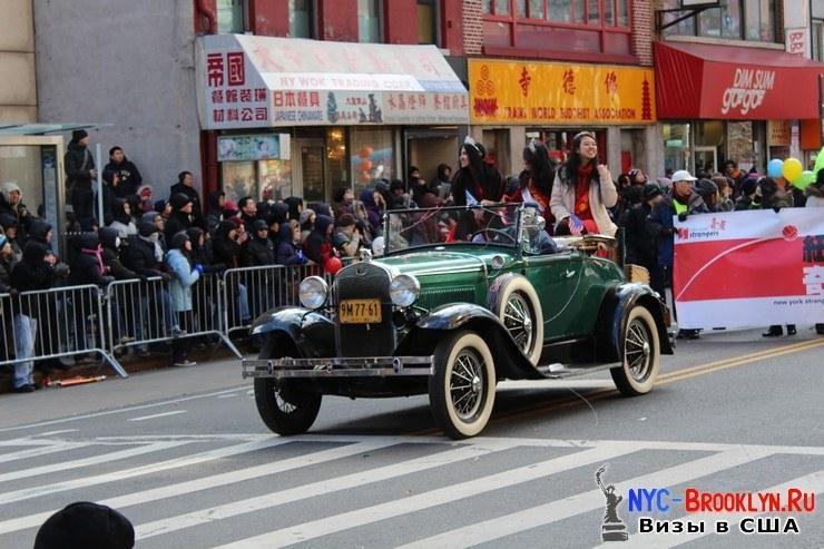 59. Парад в Нью-Йорке восточного Нового Года 2013 в Чайна Тауне - NYC-Brooklyn